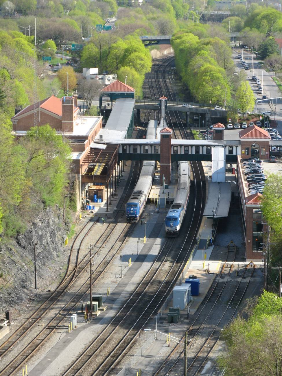 Exterior: Hudson Valley Lines: Western Railroading